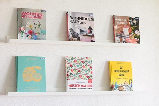 Bücher 1 klein